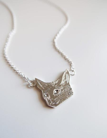 Invidiosa Jewelry Cat Necklace - Silver