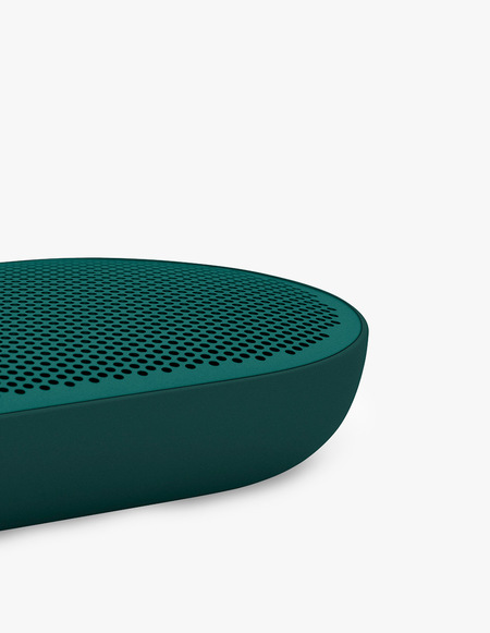 Bang & Olufsen Beoplay P2 Teal