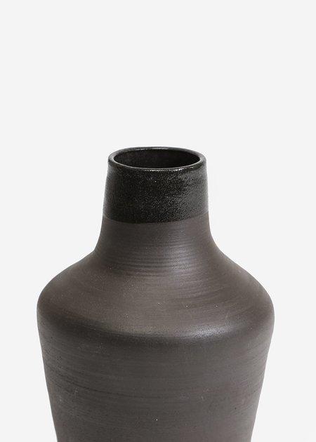 Stranger Studio Sable Vase 03