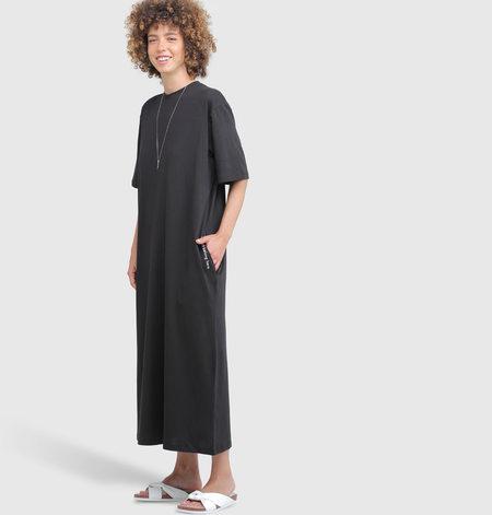 Vender MIDI T DRESS - BLACK