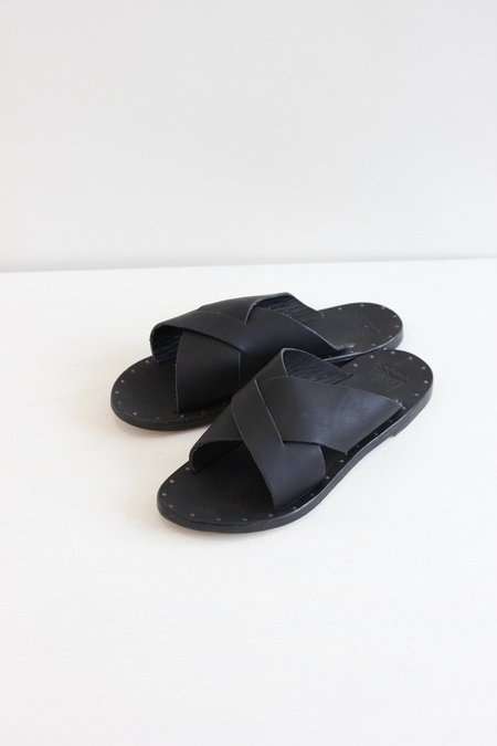 Beek Gull Sandal - Black