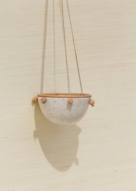 Juno Pottery Hanging Pot - Clay