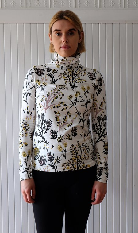 Thief and Bandit Hand-painted Turtleneck