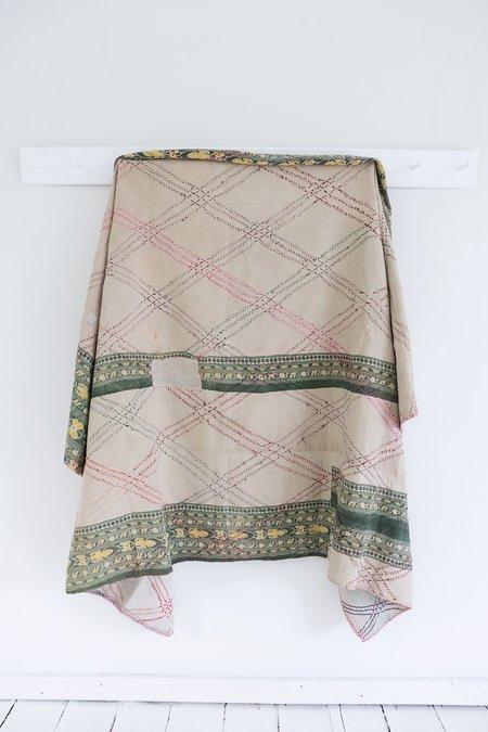 Karu Kantha Quilt with Diamond Stitch