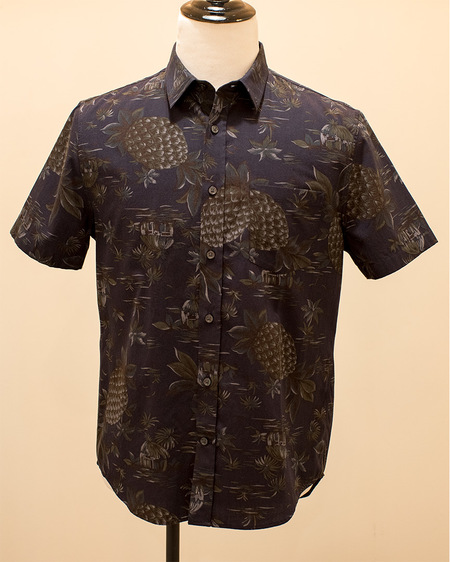 VINCE Tropical Short Sleeve Button Up - Fun print