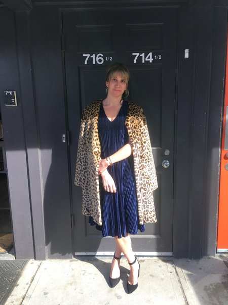 CAARA Velvet Dress - NAVY
