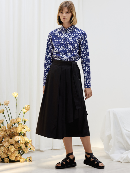 Kowtow Classic Shirt in Shadow Print