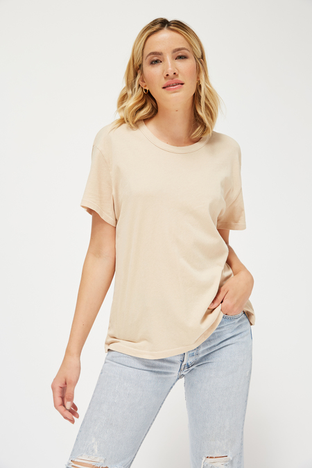 Lacausa Luxe Coast Tee in Biscuit