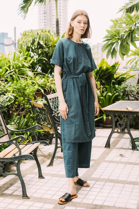 Seeker x Retriever Leisure Dress - Pine
