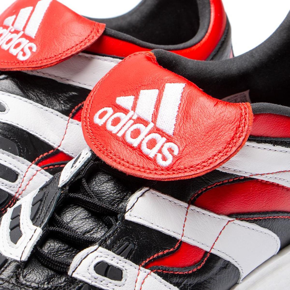 4b3ddb156fea Adidas Predator Accelerator - Core Black