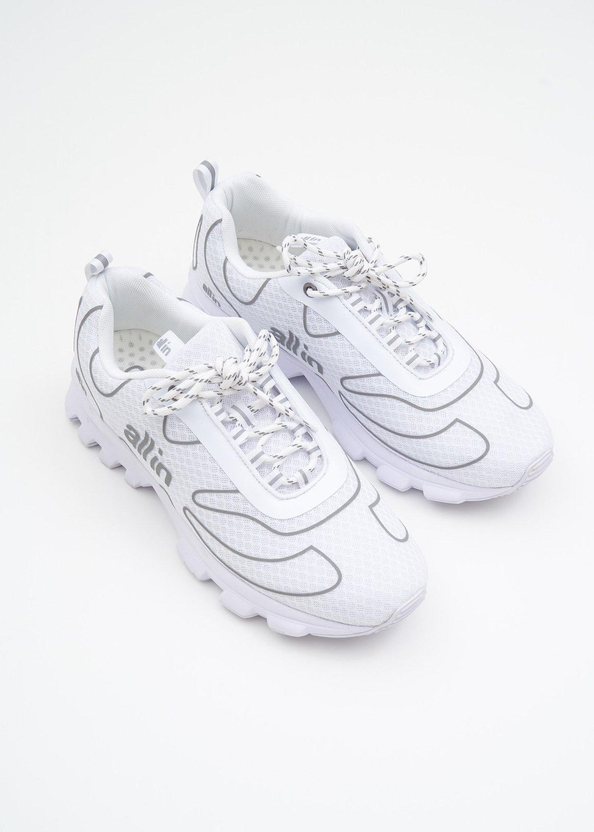 White-Reflective-Tennis-Shoes-20180818043731.jpg?1534567053