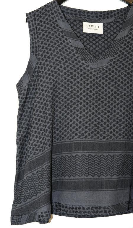 Cecilie Copenhagen No Sleeve V Shirt -  Black/Navy