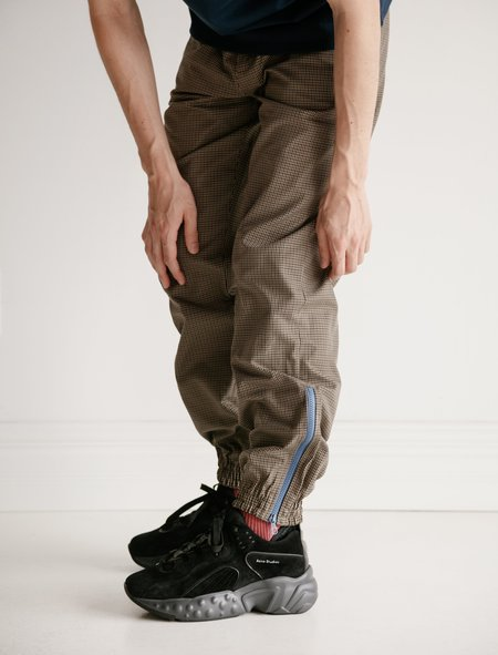 f00532e81d0a ... Tres Bien Tech Warm-Up Trouser - Houndstooth