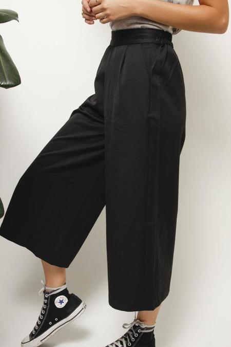 Mod Ref Tokyo Garden Culotte - Black