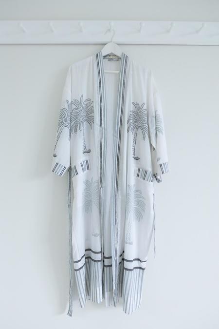 Karu LaLa Palm Robe - WHITE