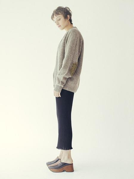 Unisex Bless Pearlpad Cardigan - Oyster/Olive