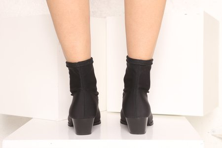 """Intentionally __________."" Adi Boot - Black Scuba"