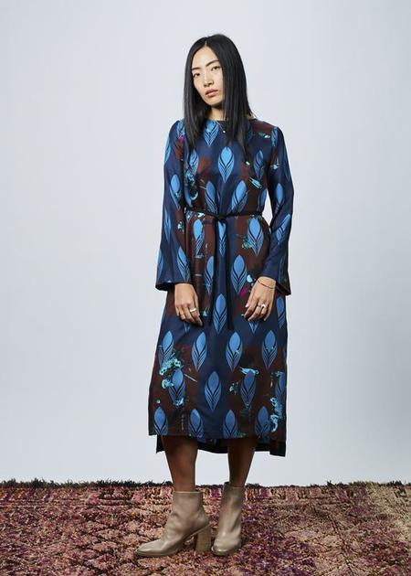 Odeeh Belted Silk Shift Dress - navy/multi