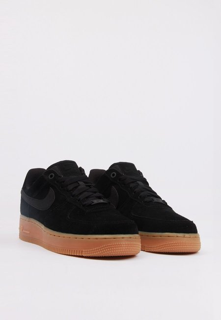 Nike Air Force 1 07 SE SNEAKER - black/gum