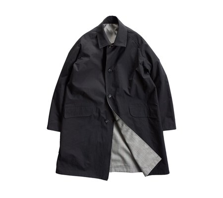 Still By Hand Reversible Trench Coat - Black/Grey Check