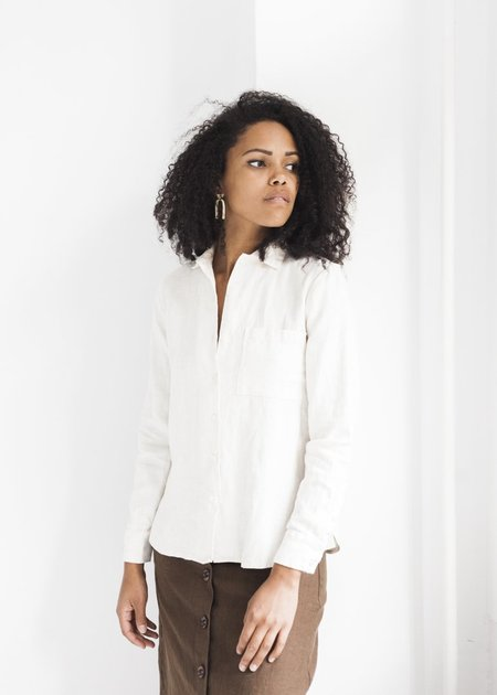 Beaton Linen Long Sleeve Button Up - Alabaster