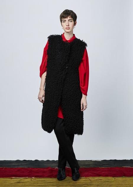 Nocturne #22 Wooly Long Vest - black
