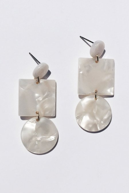 Sundaramar Totem Earrings - Ivory