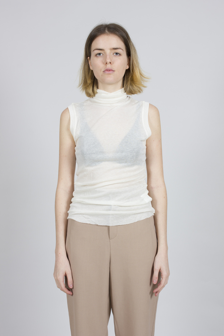 Greyyang Sleeveless Roll Neck Top - White