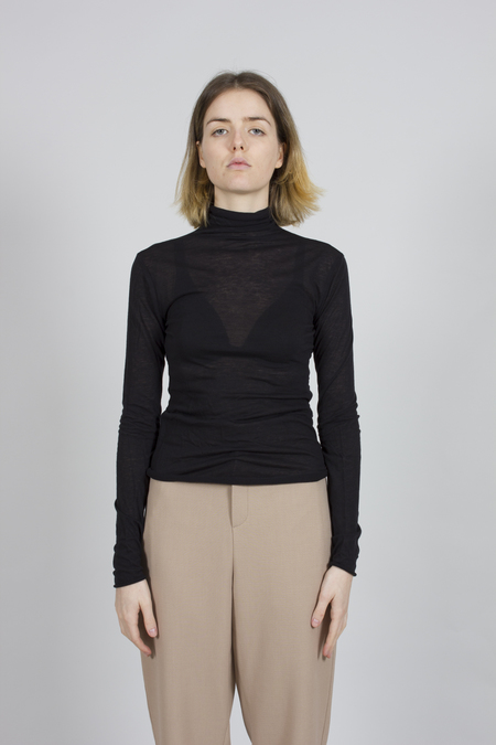 Greyyang Roll Neck Top - Black
