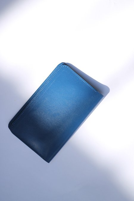 The Stowe Passport Wallet - Cobalt