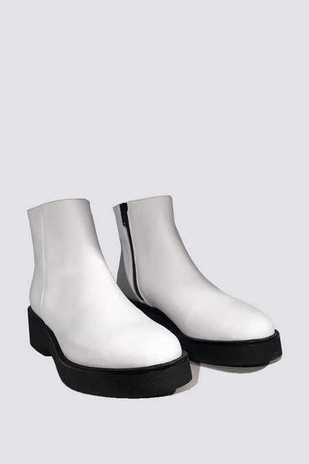 """INTENTIONALLY __________."" Pac Boot - white"