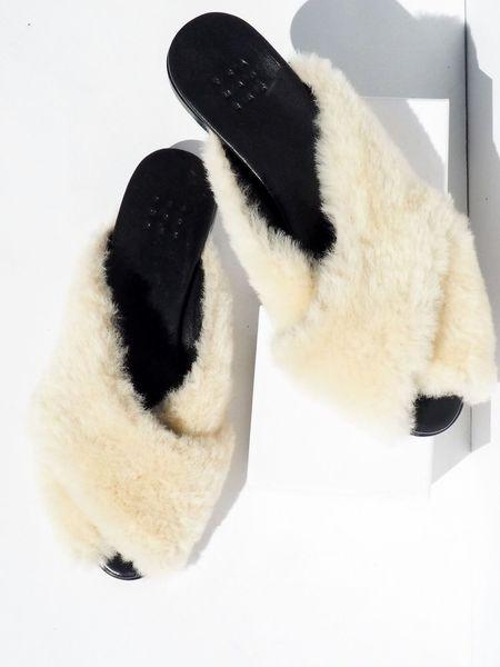Trdmrk Shearling Pajama Sandal - Natural