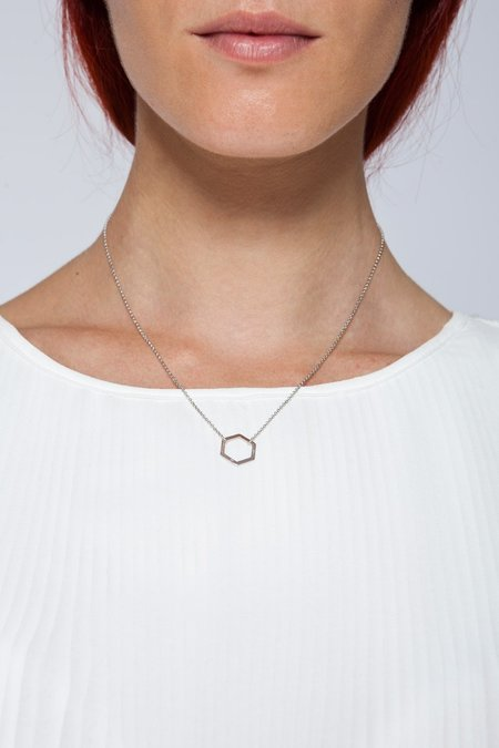 MOUTSATSOS SHORT GEOMETRY NECKLACE WITH SILVER MOTIF - SILVER