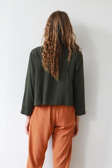 Me & Arrow Crop Shirt - Moss