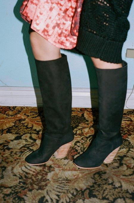 A Détacher Stone Boot - Black