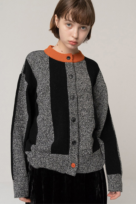 ROCKET X LUNCH Vertical Line Knit Cardigan - Black