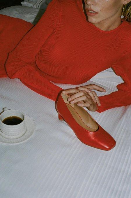LOQ Leather Camila Pumps - Rojo