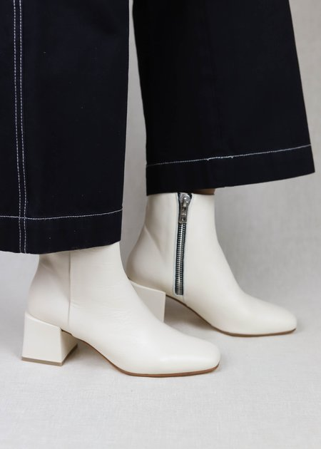 LOQ Leather Lazaro Boots - Crema