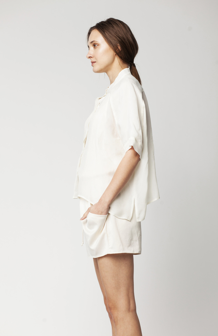 Hannayujin Jung-ah Dolman Shirt - Ivory