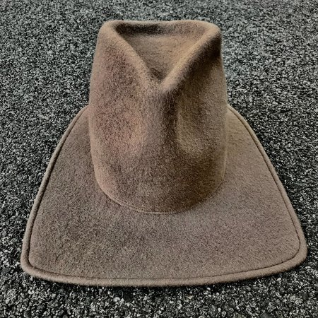 Esenshel TEAR TALL CROWN SQUARED BRIM HAT