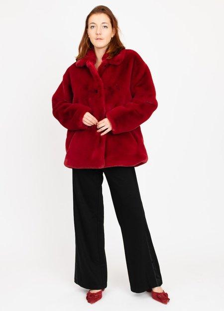 Clementines Acote Manteau Faux Fur Coat - Red