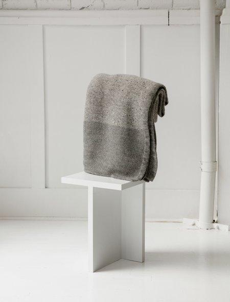 Stephan Schneider Waffle Knit Blanket - Grey/Grey