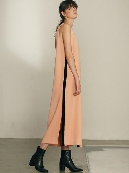 ETCH ASYMMETRIC BUCKLE DETAIL SLIM DRESS