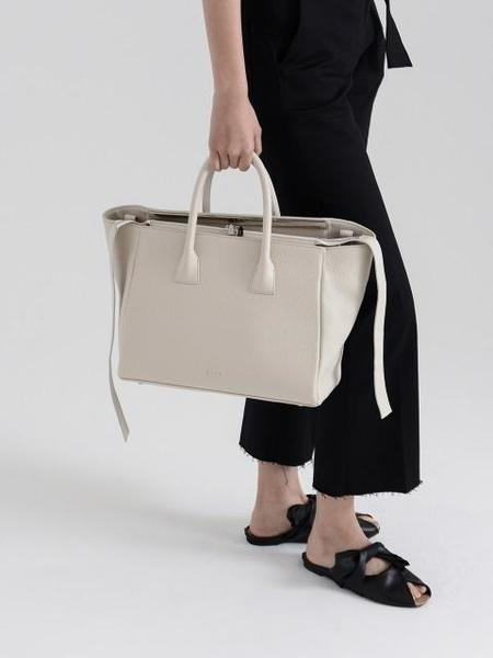 HOZE Remind Canvas Tote Bag - White