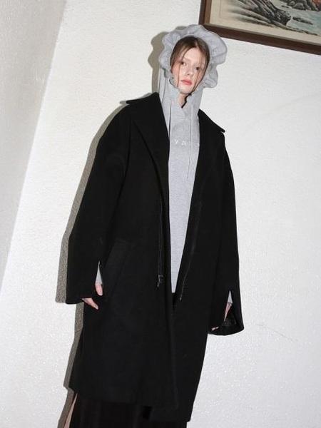 Unisex CLUT STUDIO Oversize Belted Zipper Coat - Black