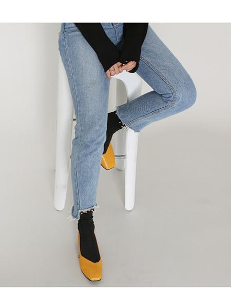 Avec Movement 17002P Heels - Yellow