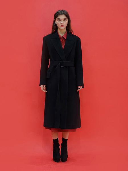 ILLUSTRIS ILLUSION Tailored Belt Coat - Black