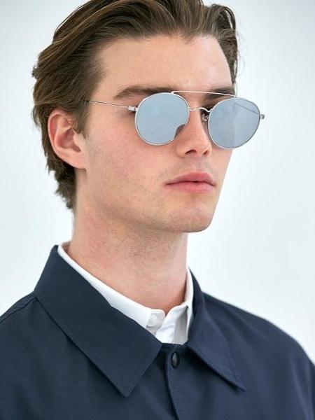 Unisex COLLABOTORY Thursday Sunglasses - White/Silver Mirror