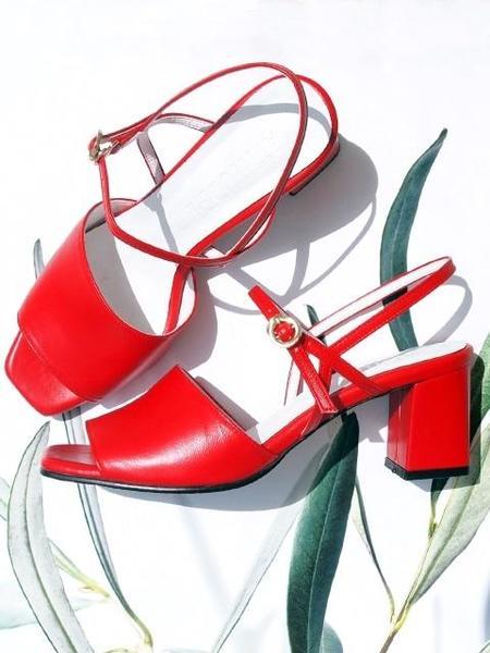 ATTITUDE;L Vin Sling back Sandals - Red