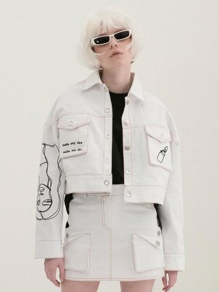 B ABLE TWO Scribble Crop Trucker Jacket - White